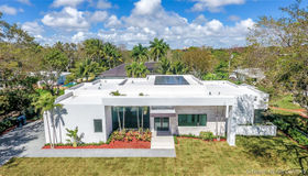 5761 sw 82 Street, South Miami, FL 33143