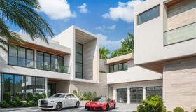 6360/6342 N Bay Rd, Miami Beach, FL 33141