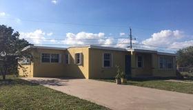 12930 Wood St, Miami, FL 33167