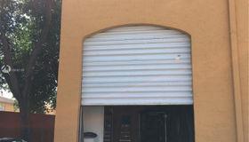 2954 W 84th St, Hialeah, FL 33018