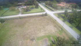 14220 Luray Rd, Southwest Ranches, FL 33330