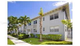 7207 Bay Dr #8, Miami Beach, FL 33141