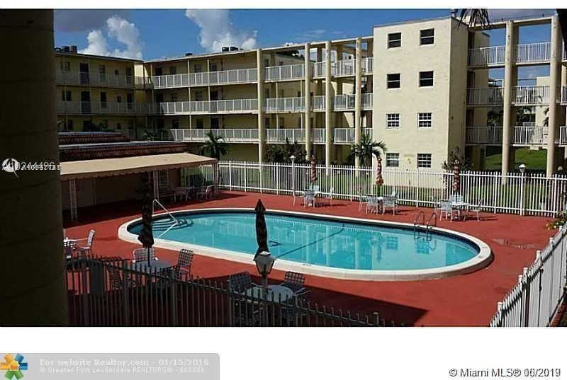 2800 NW 56th Ave #e201, Lauderhill, FL 33313 now has a new price of $975!