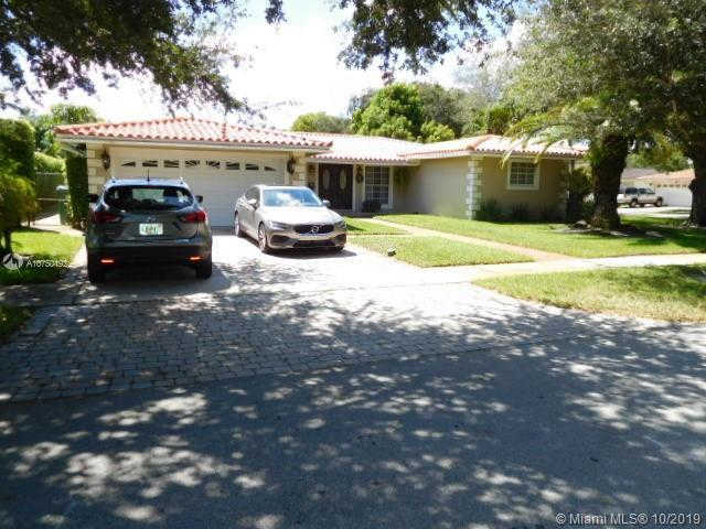 6799 Parkinsonia Dr, Miami Lakes, FL 33014 is now new to the market!