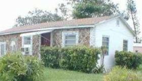2421 nw 93rd Ter, Miami, FL 33147