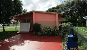 290 NE 171st Ter, North Miami Beach, FL 33162