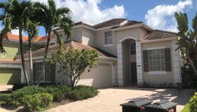 8240 Heritage Club Dr, West Palm Beach, FL 33412