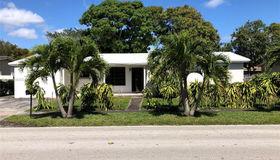 701 NE 177th St, Miami, FL 33162