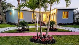 870 N Shore Dr, Miami Beach, FL 33141