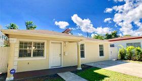 54 NE 50th St, Miami, FL 33137