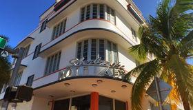 901 Collins Ave #301, Miami Beach, FL 33139
