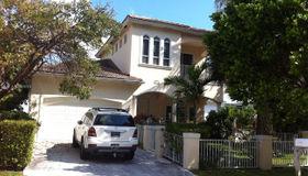 3221 NE 5th St, Pompano Beach, FL 33062