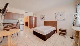 26 Diplomat pkwy #2386, Hallandale Beach, FL 33009