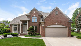 3116 Ashberry Ln, Shelby twp, MI 48316