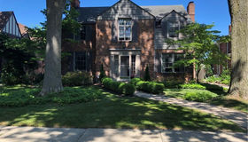 546 Lincoln Rd, Grosse Pointe, MI 48230