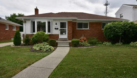 21224 Benjamin, Saint Clair Shores, MI 48081