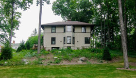 1942 Cambridge Rd, Ann Arbor, MI 48104