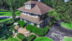 888 Lake Shore Rd, Grosse Pointe Shores, MI 48236