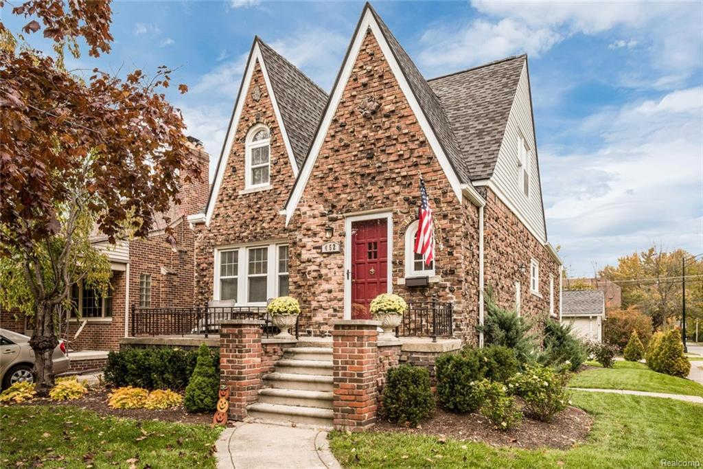Another Property Sold - 452 Madison, Grosse Pointe Farms, MI 48236