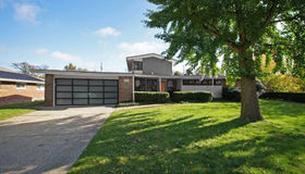 650 Bedford Lane, Grosse Pointe Park, MI 48230