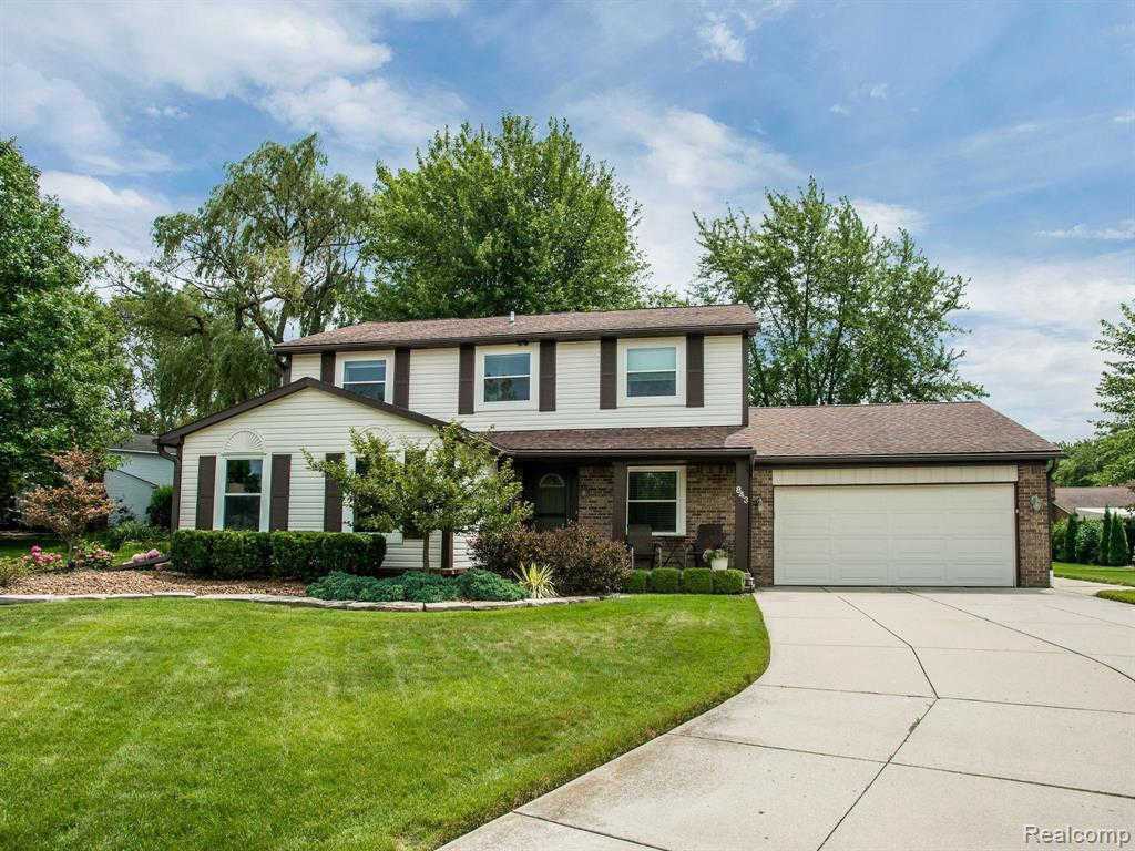 Another Property Sold - 843 Dumont Pl., Rochester Hills, MI 48307