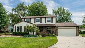 843 Dumont Pl., Rochester Hills, MI 48307