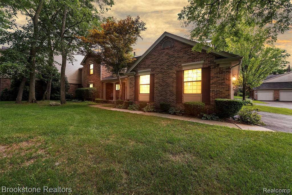 Another Property Sold - 37185 Deer Run Dr, Farmington Hills, MI 48331
