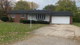 1625 Rockwell Ave, Bloomfield Hills, MI 48302