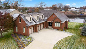 4232 Bay Shores Dr, Waterford, MI 48329