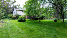 29509 Mayfair Dr, Famington Hills, MI 48331