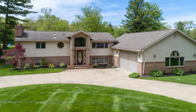 29632 Pond Ridge Rd, Farmington Hills, MI 48334