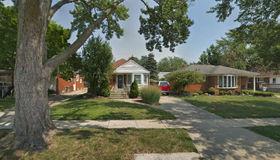 9379 Becker Ave, Allen Park, MI 48101