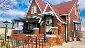 6726 Winthrop St, Detroit, MI 48228