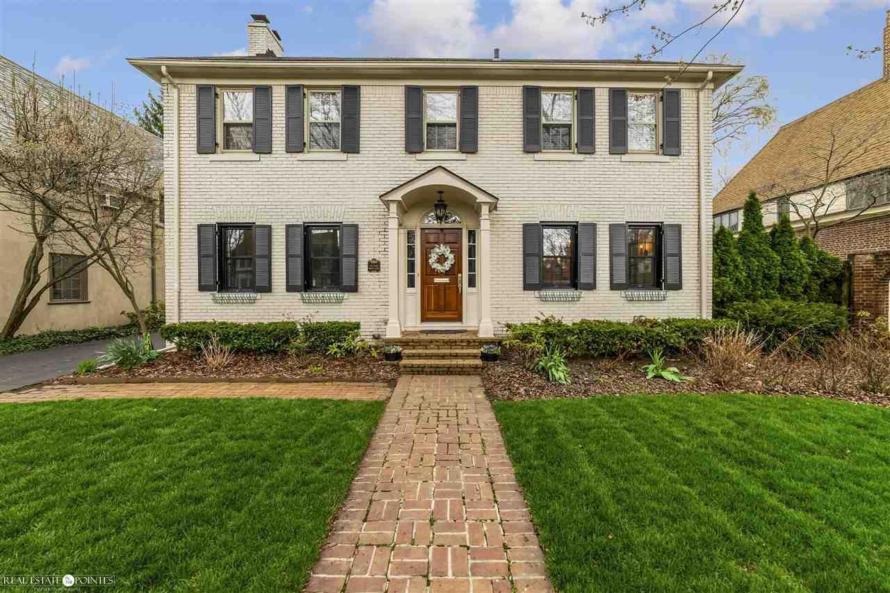 69 Moran, Grosse Pointe Farms, MI 48236 is now new to the market!