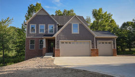 1 Cambridge Cir, Clarkston, MI 48346