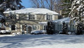498 Dunston Rd, Bloomfield Hills, MI 48304