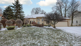1971 Dell Rose Dr, Bloomfield Hills, MI 48302