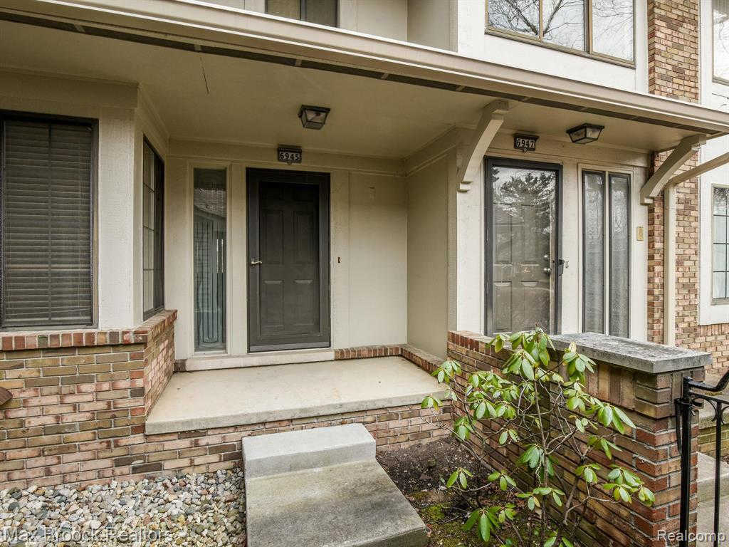 Another Property Sold - 6945 Pebblecreek Woods Dr, West Bloomfield, MI 48322