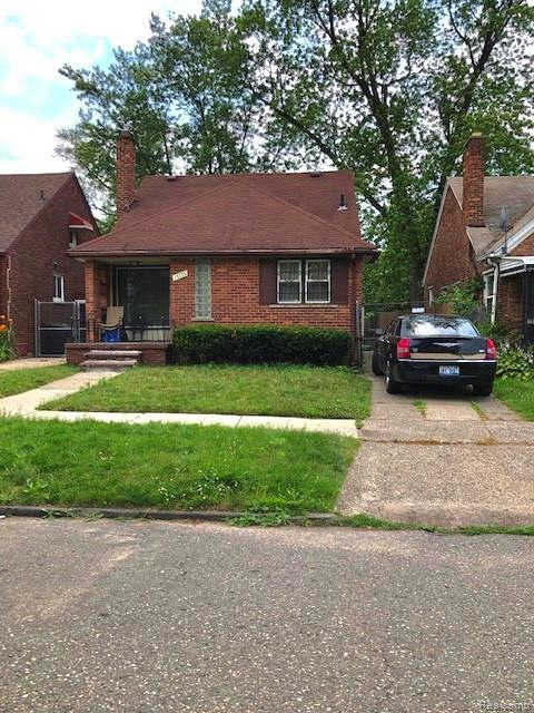 15735 Snowden St, Detroit, MI 48227 is now new to the market!