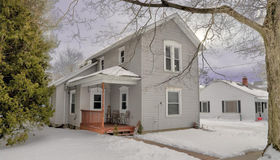 215 South Madison St, Perry, MI 48872