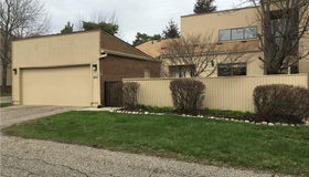 7400 Azalea crt, West Bloomfield, MI 48322