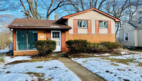 32780 Donnelly St, Garden City, MI 48135