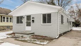 94 School Ave, Clawson, MI 48017