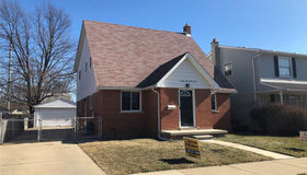 2223 10th St, Wyandotte, MI 48192