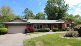 60 Shorecrest, Grosse Pointe Shores, MI 48236