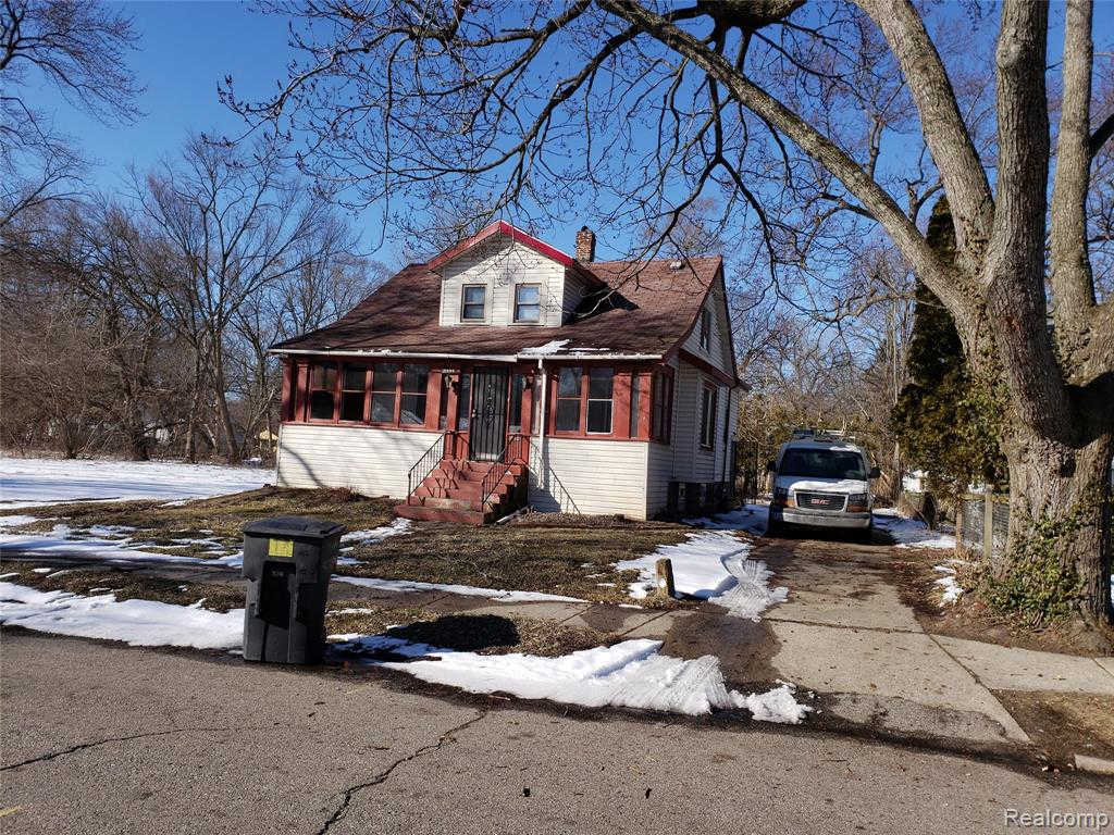 21444 Pickford St, Detroit, MI 48219 is now new to the market!
