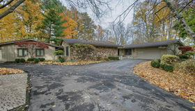 44520 Country Ln, Northville, MI 48168