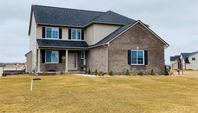 1607 Baypointe Circle Cir, Grand Blanc, MI 48439