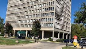 22700 Garrison St #unit#906, Dearborn, MI 48124