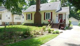 214 Woodside Rd, Royal Oak, MI 48073